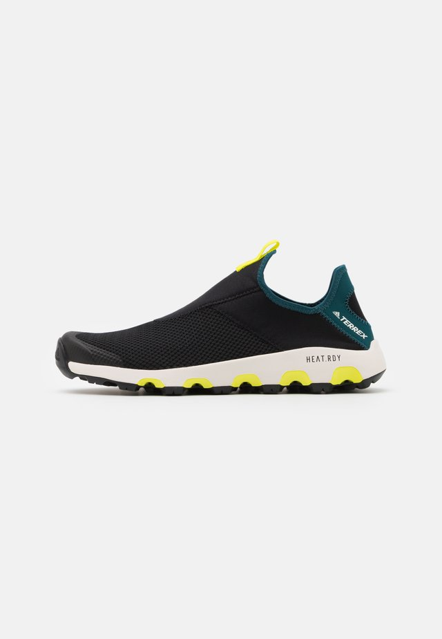 TERREX VOYAGER SUMMER.RDY TRAVEL SHOES - Trekingové boty - core black/wild teal/acid yellow