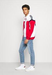 Burton Menswear London - SLIM JEAN - Slim fit jeans - blue - 3