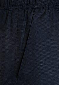 Lacoste Sport - CLASSIC  - Korte sportsbukser - navy blue - 3