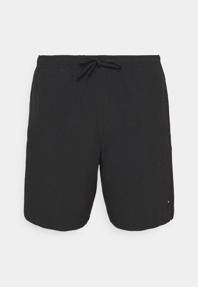 CREEKSIDE - Shorts outdoor - true black