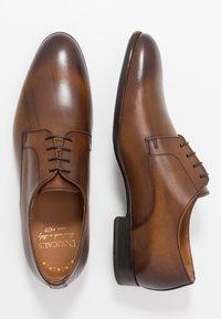 Doucal's - Šněrovací boty - fade cuir - 1