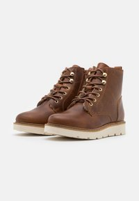 Vero Moda - VMBETTY BOOT - Winter boots - friar brown - 2