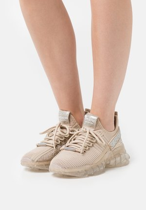 MAXILLA - Sneakers laag - rose gold