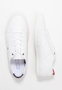 Tommy Hilfiger - CORE CORPORATE FLAG  - Sneakers - white - 1
