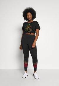 Active by Zizzi - AZIZZI LOGO - Camiseta estampada - black orange oil - 1