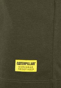 Caterpillar - BASIC POCKET - Basic T-shirt - army - 2