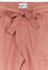 Abercrombie & Fitch - UTILITY  - Spodnie materiałowe - rust - 2