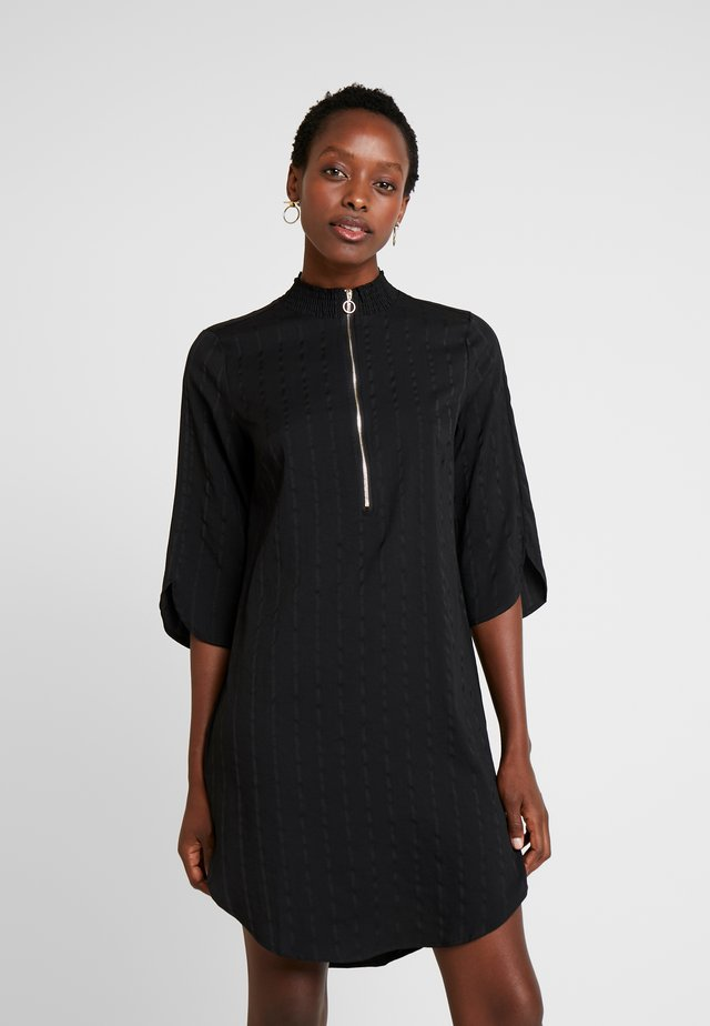 LILJA DRESS - Skjortekjole - black