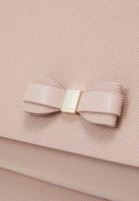 Ted Baker - AAIDAH - Handbag - dusky pink - 4
