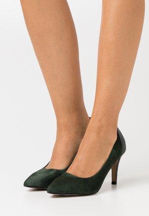 COURT SHOE - High heels - forest