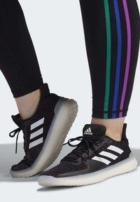 adidas Performance - PRIDE BELIEVE THIS 2.0 3-STRIPES 7/8 LEGGINGS - Medias - black - 6