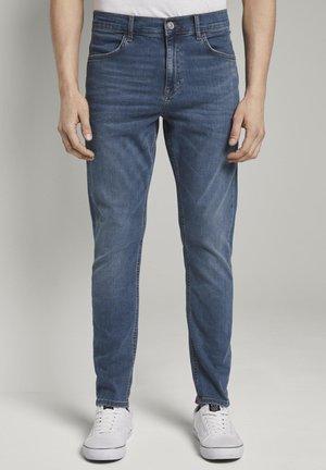 JEANSHOSEN JEANS CONROY TAPERED - Jeans Tapered Fit - dark dye blue denim