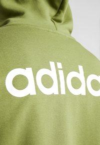 adidas Performance - ESSENTIALS SPORTS HOODED TRACK - Mikina na zip - tech olive - 5