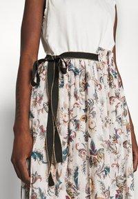 Liu Jo Jeans - ABITO - Jersey dress - offwhite - 5