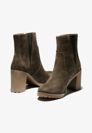 ALLINGTON - Classic ankle boots - dk brown nubuck