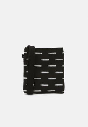 SPORT ESSENTIAL FLATPACK S UNISEX - Across body bag - black