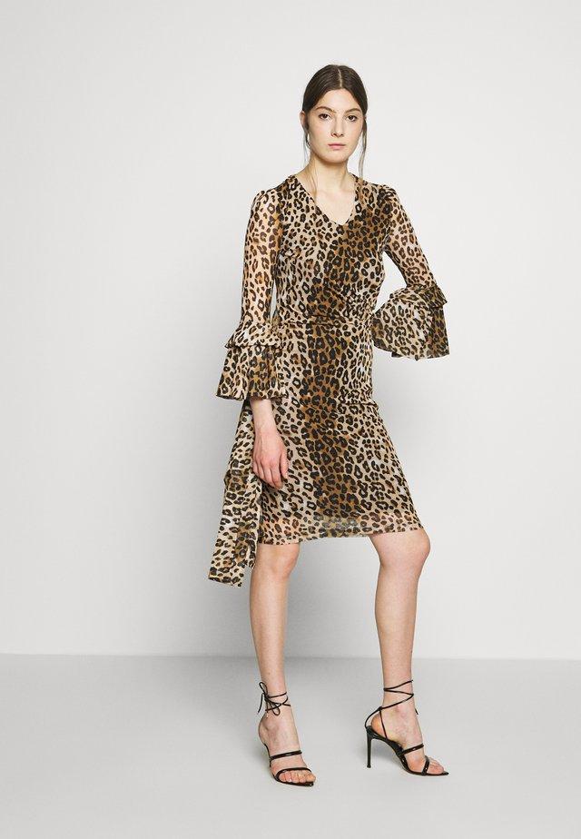 ESTEFANIA RUFFLE DRESS - Day dress - wild life