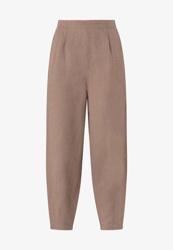 MIT LEINENANTEIL - Pantaloni - brown