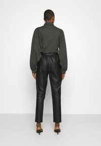 Second Female - INDIE TROUSERS - Leather trousers - caviar - 2
