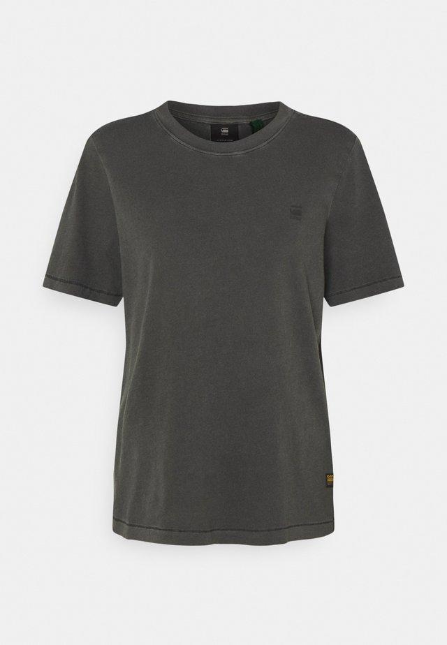 REGULAR FIT TEE OVERDYED - Basic T-shirt - raven