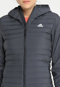 adidas Performance - VARILITY SOFT HOODED OUTDOOR DOWN JACKET - Winter jacket - carbon - 6