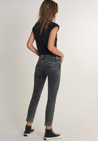 Salsa - Slim fit jeans - schwarz - 2