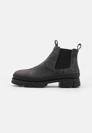Kotníkové boty - graphit