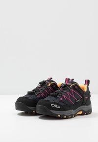 CMP - KIDS RIGEL LOW SHOE WP UNISEX - Hiking shoes - antracite/bounganville - 3