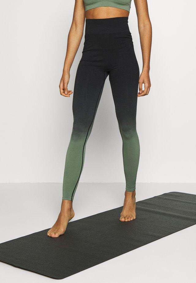 GRADIENT HIGH WAIST - Collants - green