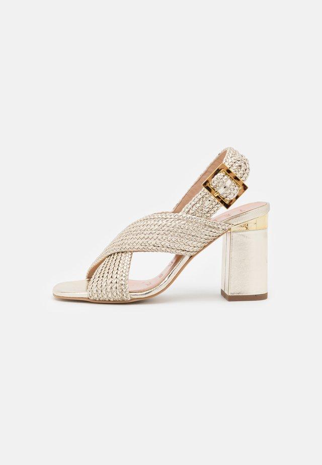 CAMIAM - Sandaler - gold