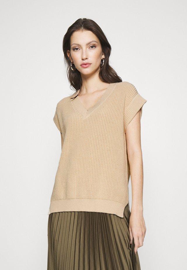 VIOLI - Pullover - camel