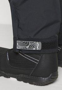 Oakley - GUNN SHELL BIB - Snow pants - blackout - 3