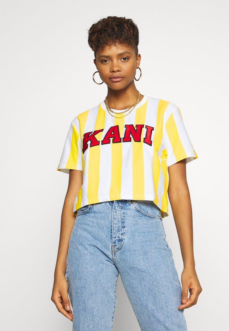 Karl Kani - SERIF STRIPE TEE - T-shirt print - white