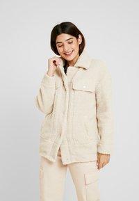 ONLY Petite - ONLLINA JACKET - Light jacket - light beige - 0