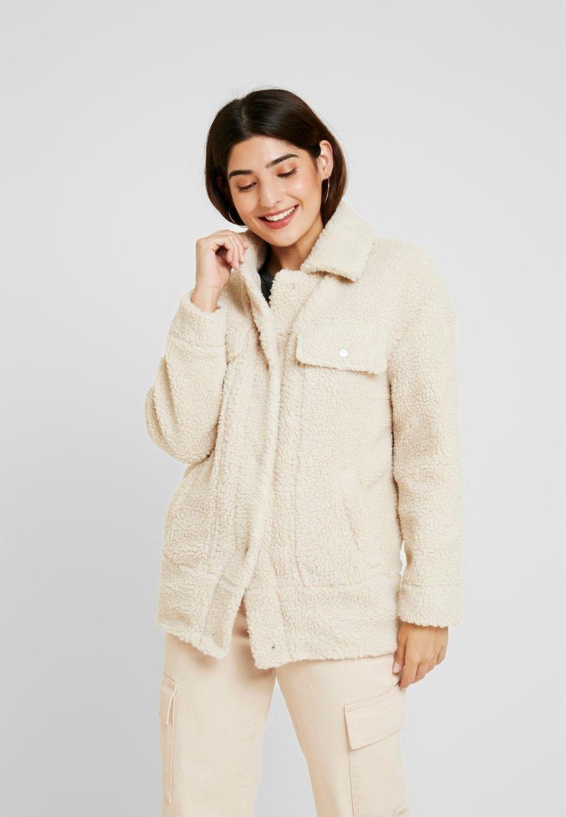 ONLY Petite - ONLLINA JACKET - Light jacket - light beige