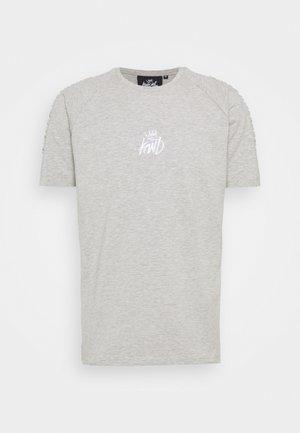 KISHANE TEE - Print T-shirt - asphalt/black