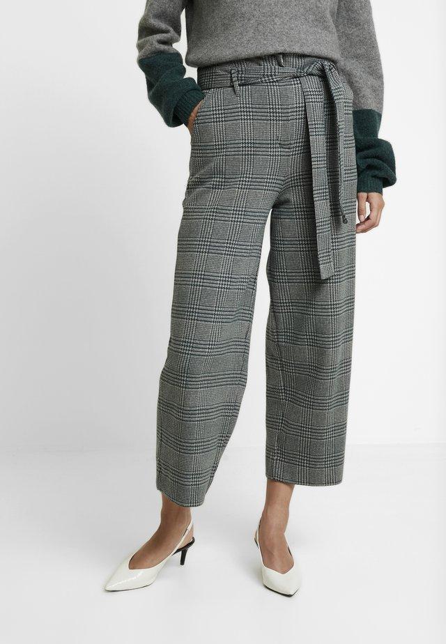 WIDE LEG PANT - Bukser - grey melange