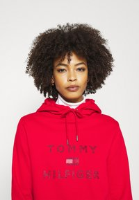 Tommy Hilfiger - TIARA HOODIE  - Sweat à capuche - primary red - 4
