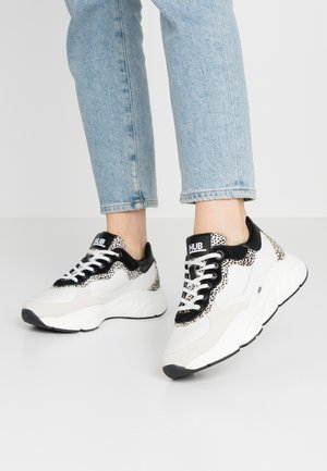 ROCK - Sneakers laag - offwhite/cheetah/black