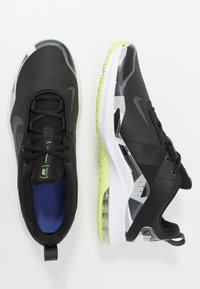 Nike Performance - AIR MAX ALPHA TRAINER 2 - Sports shoes - black/dark smoke grey/ghost green/photon dust/smoke grey/sapphire - 1