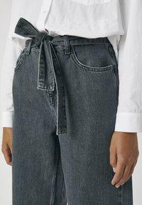 PULL&BEAR - Jeans a zampa - black - 4