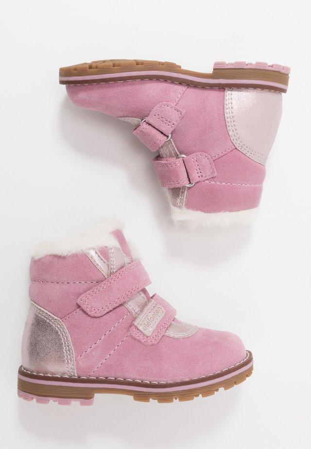 BETTY - Winter boots - blau/pink