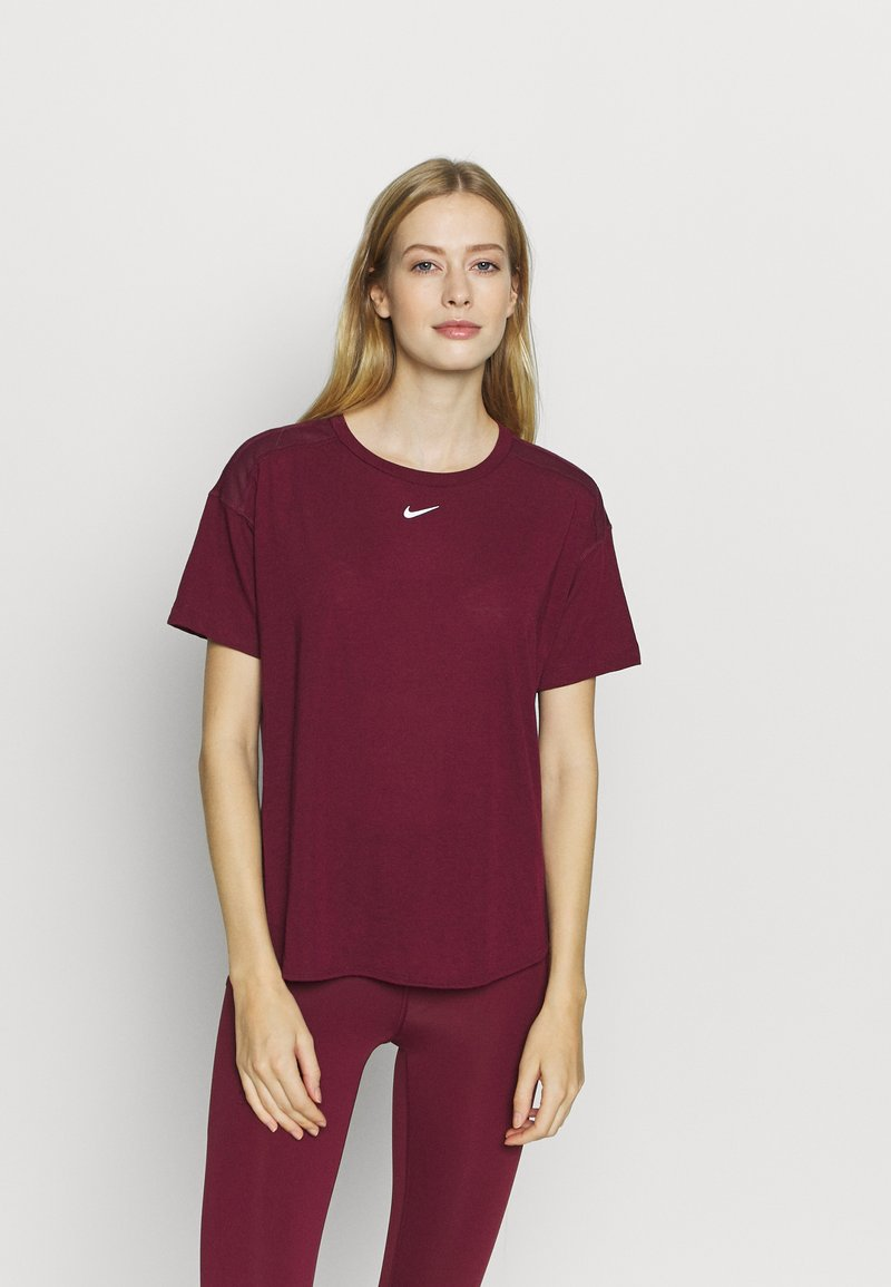 Nike Performance - AEROADAPT - Camiseta estampada - dark beetroot/metallic silver