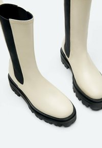 Uterqüe - Vysoká obuv - beige - 3