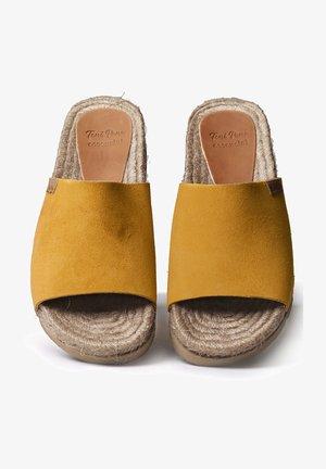 DORA - Mules - yellow
