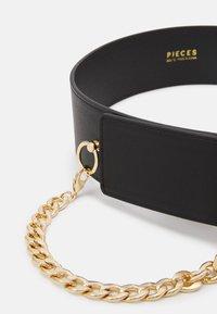 Pieces - PCORINA WAIST BELT KEY - Midjebelte - black/gold coloured - 3
