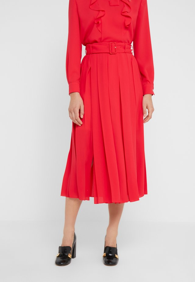 HALLE - Falda acampanada - bright red