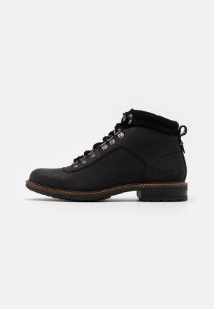 WICKHAM - Šněrovací kotníkové boty - black