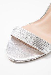 Dorothy Perkins Wide Fit - WIDE FIT BESSY - Sandaler - silver - 2