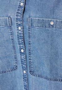 Monki - Button-down blouse - blue medium dusty - 2